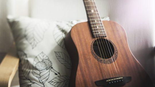 Comment changer vos cordes de guitare ?
