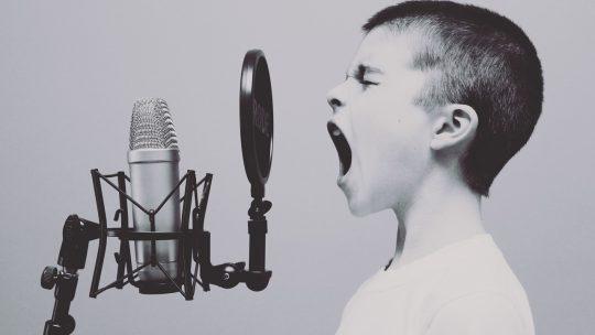 La musique maison – Pourquoi c'est de moins en moins cher et de plus en plus facile ?